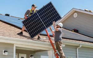 How-many-solar-panels-to-power-a-house